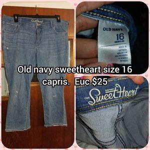 Size 16 capris